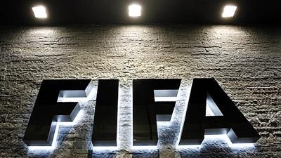 FIFA prohibirá que clubes deudores contraten jugadores