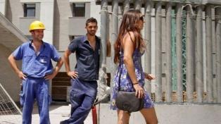 Una encuesta releva cómo perciben mujeres y hombres el acoso callejero