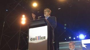 Alejandro Guillier: la carta de la Nueva Mayoría para frenar a la derecha
