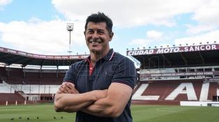 """""""Ganar la Copa Libertadores nos dará mayor prestigio a todos"""", aseguró Almirón"""