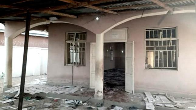 Atentado suicida en mezquita de Nigeria deja 50 muertos