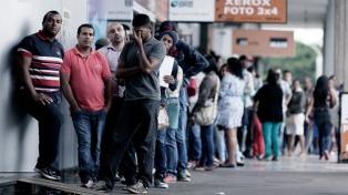 Casi el 30% de los jóvenes brasileños está desocupado, según un informe de la OIT