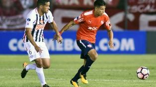 """En Paraguay la prensa dijo que Libertad consiguió """"un sufrido pero valioso triunfo"""" ante Independiente"""