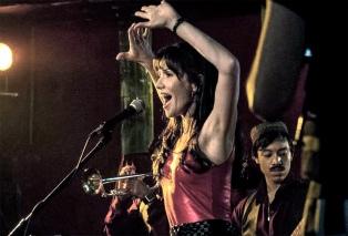 """Cómo es """"La marea feminista"""", la cumbia que grabó Natalia Oreiro para el 8M"""