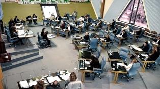 Avanza el proyecto de ley para regular a las financieras