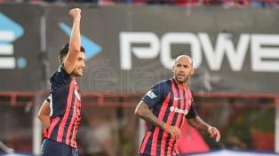 """San Lorenzo venció al """"Bicho"""" y es escolta"""