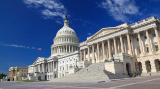 El cierre del gobierno empieza a agrietar las filas republicanas