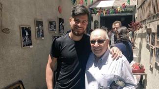 Safar junto al fotógrafo Marcelo Figueras (Foto: @CASLABasquet)