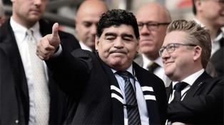 Diego Maradona felicitó a Putin por su victoria en las elecciones de Rusia