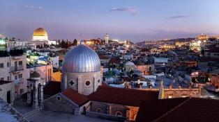 Trump dice que podría viajar a Jerusalén para inaugurar la embajada de EEUU