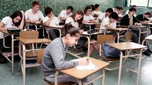Afirman que se rompió la barrera de que cinco de cada diez alumnos no terminaba la secundaria