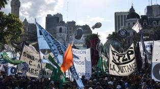Movimientos sociales vuelven a marchar el miércoles contra las reformas del Gobierno