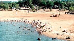 Las playas sobre el río Uruguay, el principal atractivo de Colón para el verano