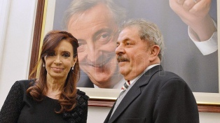 """Lula dijo que hay """"una cacería judicial y mediática"""" contra Cristina Kirchner"""