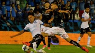 Belgrano se hizo fuerte de local ante Huracán