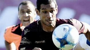 Chacarita goleó a Lanús y logró su segundo triunfo