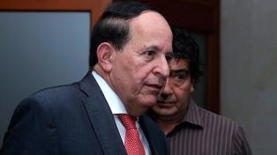 Detuvieron a un senador por vínculos con paramilitares