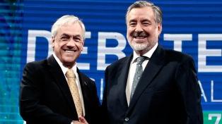 Chile elige a su presidente en el ballotage entre Piñera y Guillier