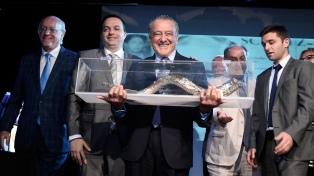La DAIA reconoció a Eduardo Eurnekian por el trabajo de la Fundación Wallenberg