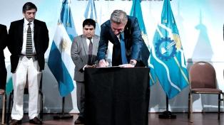 El gobernador anunció un recorte de gastos de la administración pública