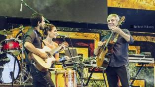 """Peteco en su nuevo proyecto, Riendas Libres, presenta """"El amor como bandera"""""""