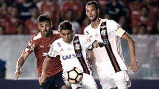 Flamengo recibirá a River, sin público, tras sanción de la Conmebol