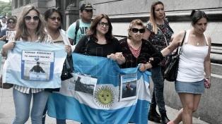 """Brindan a familiares un informe sobre la búsqueda del """"San Juan"""""""