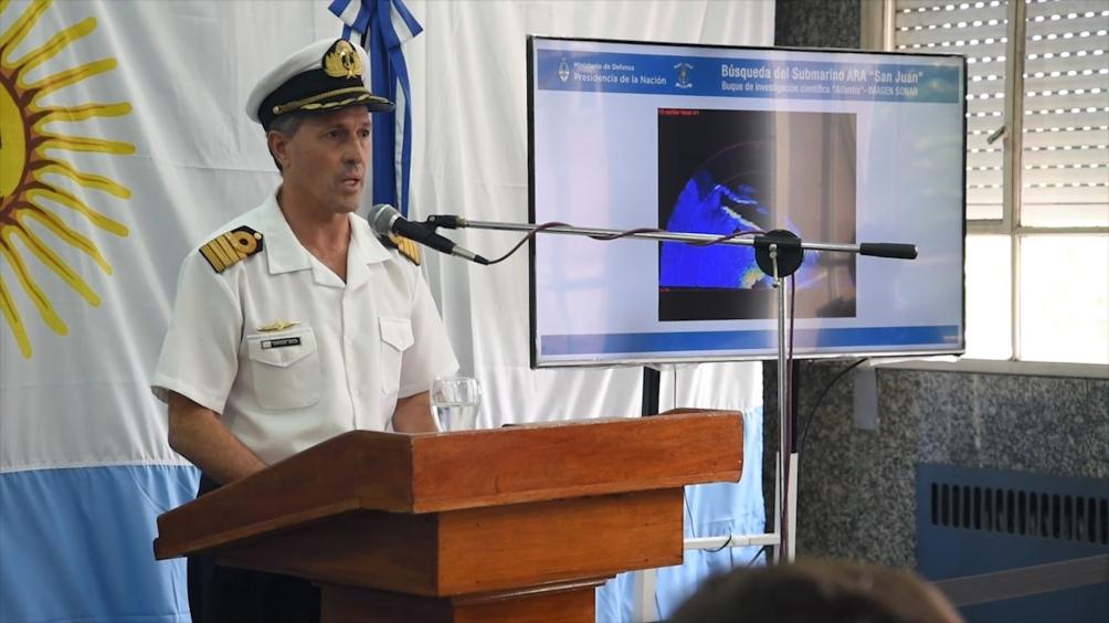 Argentina queda casi sola en búsqueda del submarino