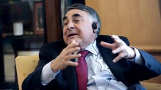 El vicecanciller de Chile se reunió con Gallagher antes de la visita de Evo al Papa