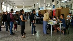 El escrutinio del voto de chilenos en el exterior favoreció a Guillier