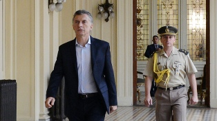 Macri se reunirá con autoridades de los ministerios de Transporte y de Hacienda