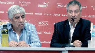 Holan tendrá una reunión clave con Hugo Moyano por su continuidad
