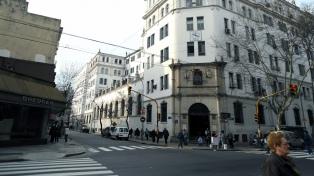 La Asamblea de socios del Centro Gallego aprobó la venta del edificio