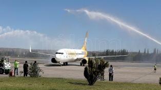 Flybondi realizará mañana el vuelo inaugural desde Córdoba hacia Puerto Iguazú