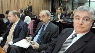 El Ministerio de Justicia pidió 6 años para Menem y 8 años para Galeano por encubrir el atentado