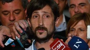 Golpean y amenazan al concejal y economista Hernán Letcher