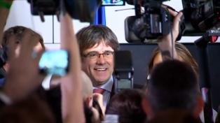 Puigdemont celebra la mayoría parlamentaria desde Bruselas