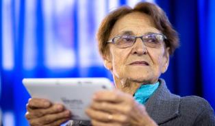 El gobierno entregará 75.000 tablets a jubilados en 2018