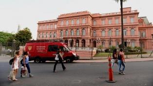 Luego de las amenazas, descartan riesgos en la Casa Rosada y la Quinta de Olivos