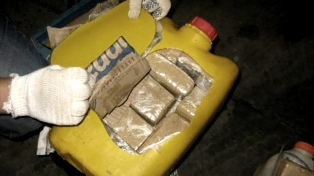 Hallaron 85 kilos de droga oculta en el tanque de nafta de una camioneta