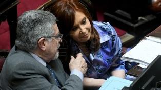 """Naidenoff consideró que el desafuero de Cristina Kirchner es tema """"prioritario"""" del Senado"""