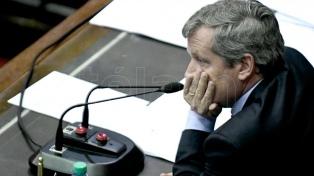 Monzó impulsará acuerdos políticos para efectuar sesiones ordinarias en 2018