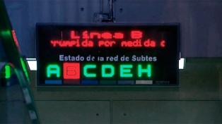 Los metrodelegados ratificaron paro en la Línea B y Metrovías reclamó su ilegalidad