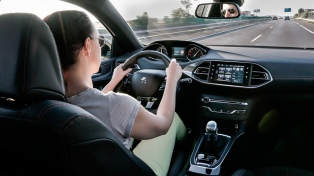 Comienza a funcionar la primera app de transporte exclusiva de mujeres para mujeres
