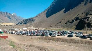 Rehabilitaron un paso a Chile tras seis horas sin sistema