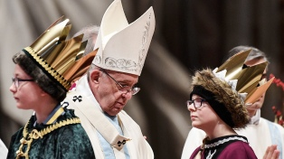 """Francisco pidió una Iglesia """"humilde"""" en su primera misa de 2018"""
