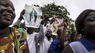 Ascienden a ocho los muertos por la represión en medio de las protestas