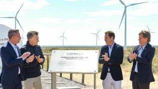 Macri inaugura en Bahía Blanca el parque eólico Corti