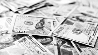El dólar cerró estable, pero en la semana subió 56 centavos