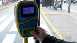 """El Gobierno anunció las nuevas tarifas del transporte y lanzó la """"Red SUBE"""""""